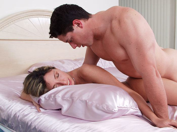 What Are The 5 Best Sex Positions To Make A Girl Orgasm -3212